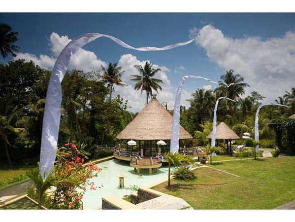 Puri Taman Sari Bali - The Bale Kambang - Wedding Chapel