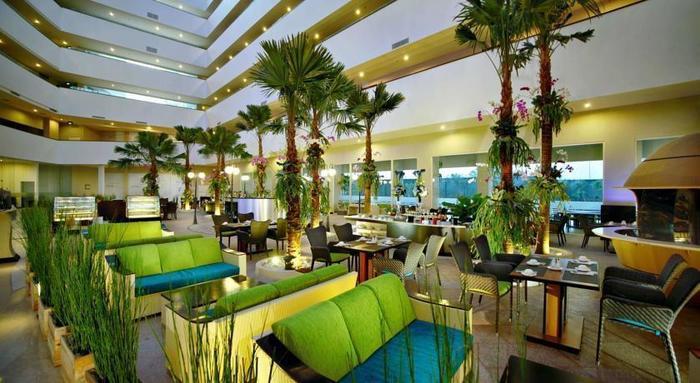Aston Cirebon - Restaurant