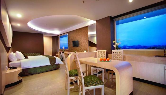 Aston Cirebon - Executive Room