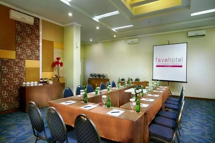 favehotel Kusumanegara - Meeting Room