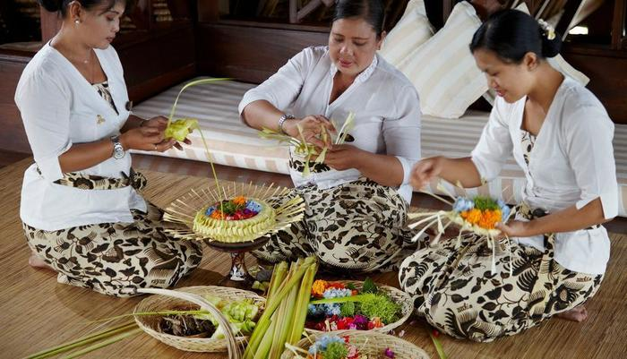 Wapa di Ume Bali - Palm Leaf Creation