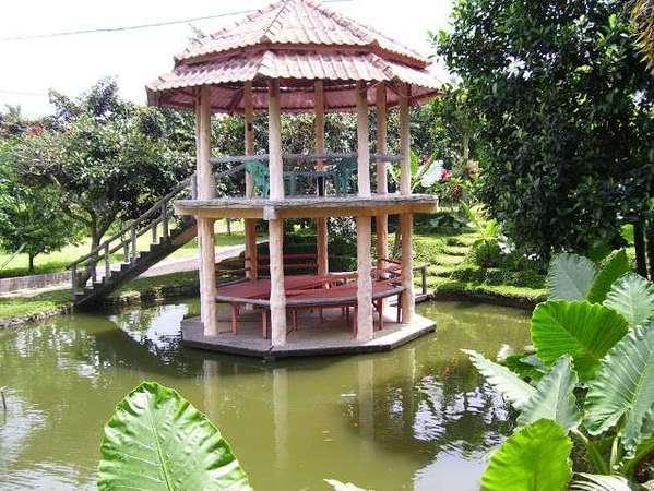 Aquarius Orange Resort Bogor - Gazebo