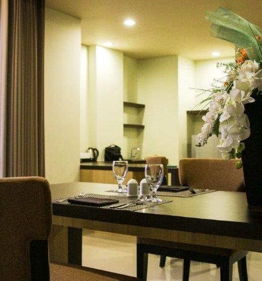 The Kana Kuta Hotel Bali - Suite Room Dining Table