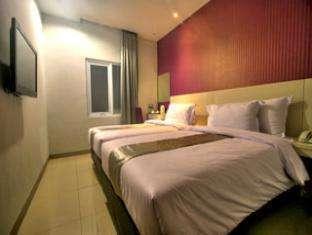 Hotel Vio Surapati - Twin Bedroom