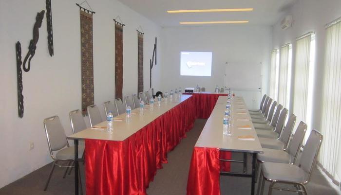 Tilamas Hotel Surabaya - Facilities