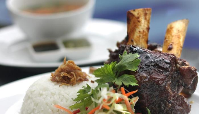 Quin Colombo Hotel Yogyakarta - Grilled Beef Ribs With Honey Sauce