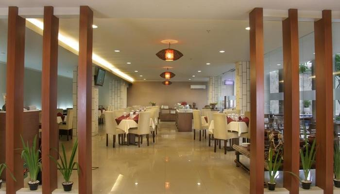 Quin Colombo Hotel Yogyakarta - Restoran
