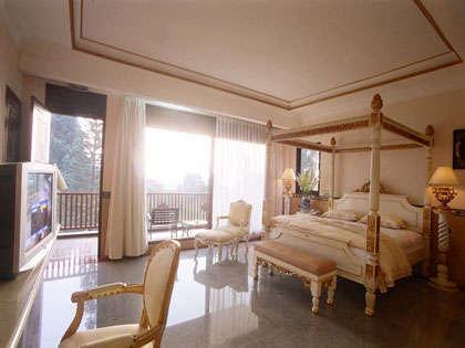 Hotel Seruni Puncak - Suite room