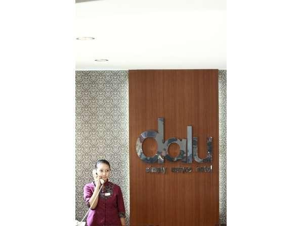 Hotel Dalu Semarang - Activity Lobby