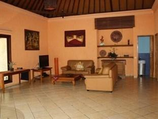 Araminth Spa & Villa Bali - Living Room