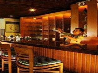 Lido Lakes Resort & Conference Bogor - Bar