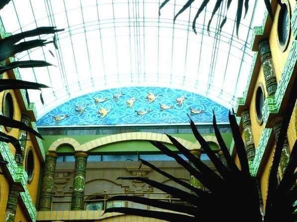 V3 Hotel Surabaya - Canopy V3 Hotel
