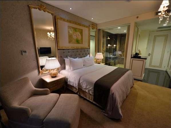 Hotel Amaroossa Bogor -