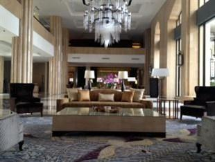 Hotel Tentrem Yogyakarta - Lobby