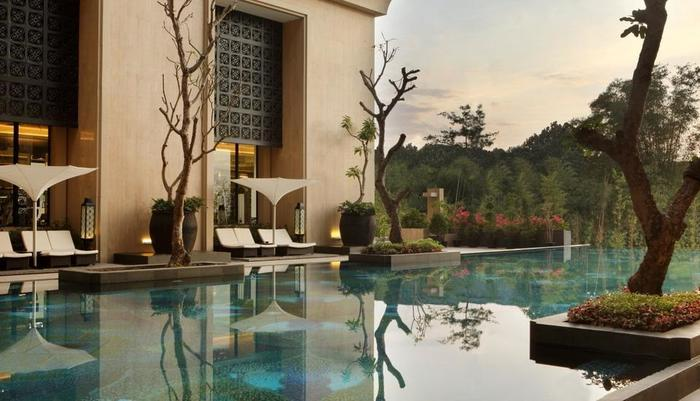 Hotel Tentrem Yogyakarta - Swimming Pool