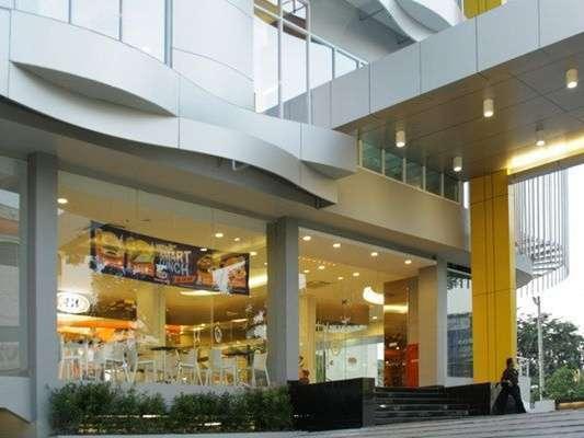 Hotel 61 Medan - Entrance