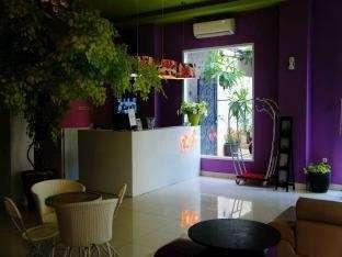 Bunga-Bunga Hotel Jakarta - Lobby