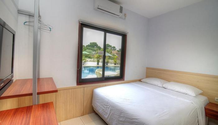 Grha Ciumbuleuit Guest House Bandung - Kamar Tamu