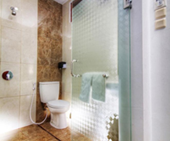 Grha Ciumbuleuit Guest House Bandung - Bathroom