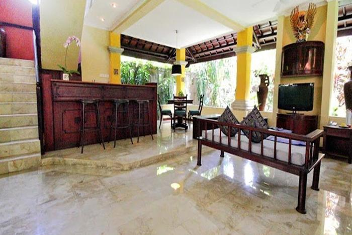 Hotel Royal Tunjung Bali -