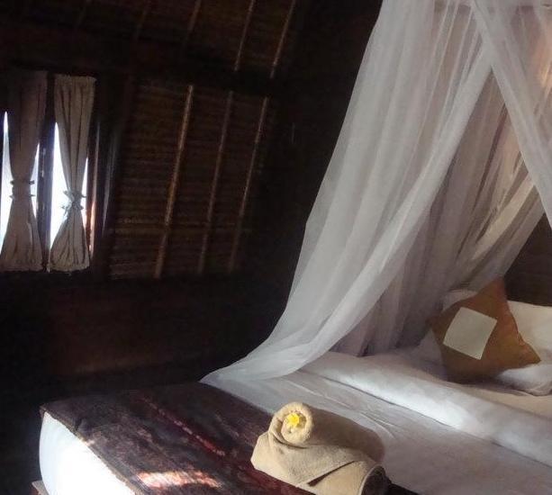 Lotus Garden Huts Bali - Room