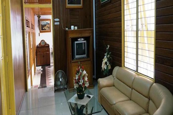 Wisma Mutiara Padang - Living Room