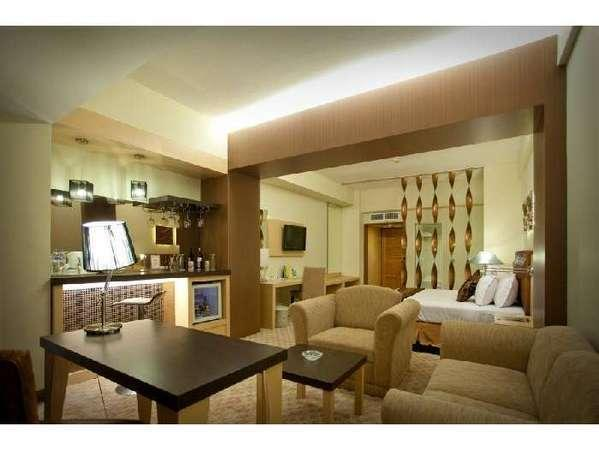 Kartika Graha Hotel Malang - Executive Suite
