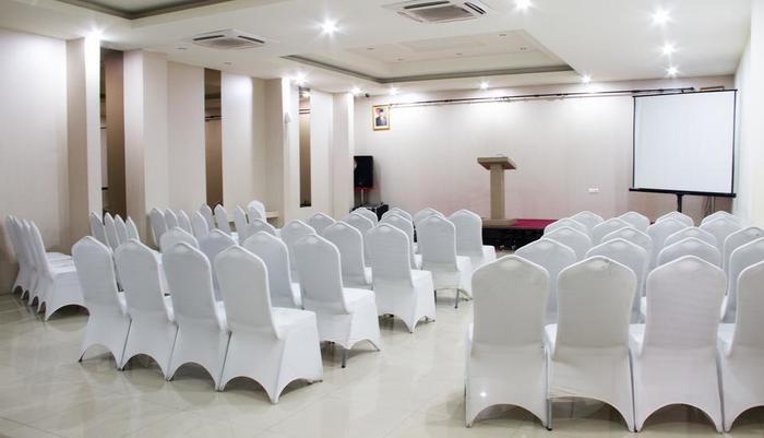 Putra Mulia Hotel Medan - Meeting Theater