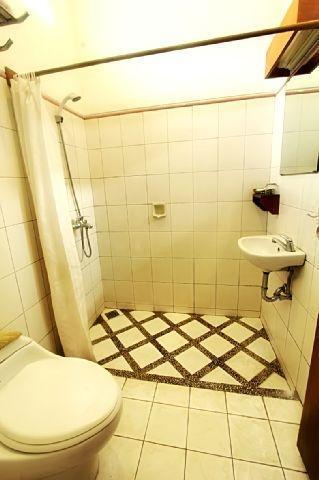 Rumah Asri Bandung - Bathroom