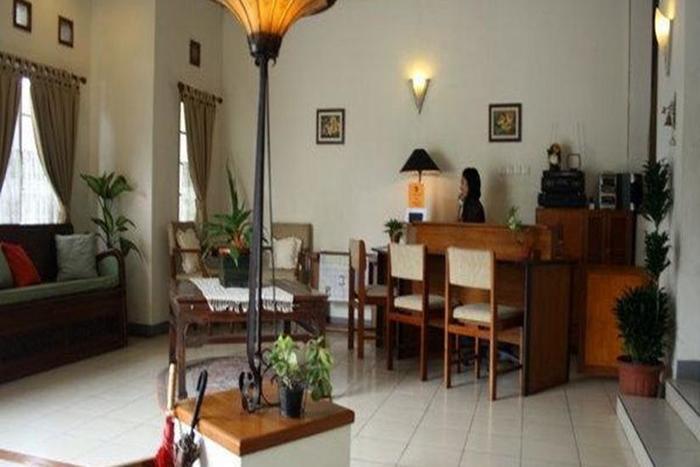 Rumah Asri Bandung - Reception