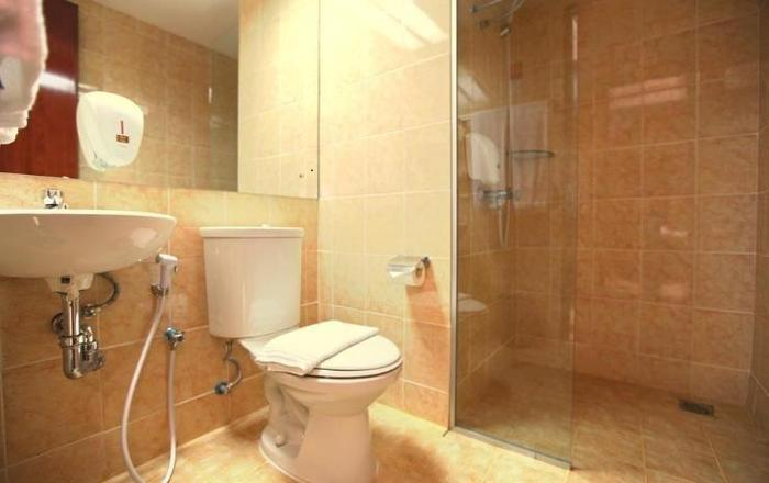 Centro City Service Apartment Jakarta - Bath/Shower