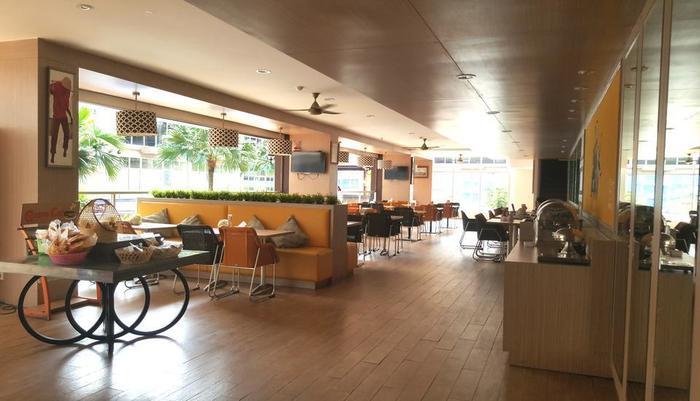 Centro City Service Apartment Jakarta - Centro Cafe