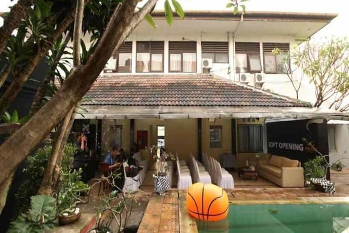 Maven Buncit Jakarta - Swimming Pool