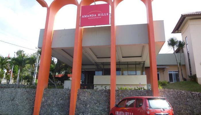 Amanda Hills Hotel Semarang - Facade