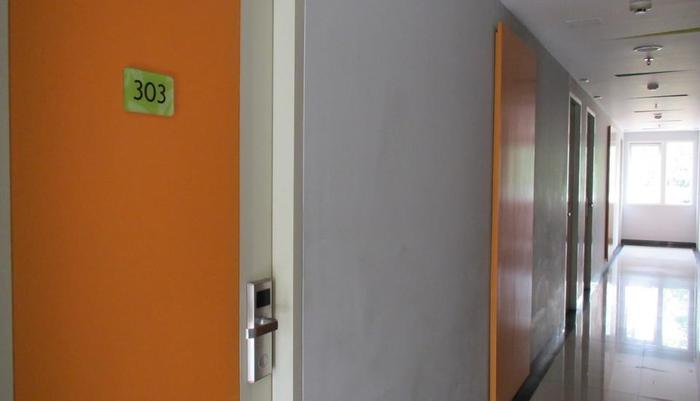 Studio One Hotel Jakarta - Corridor