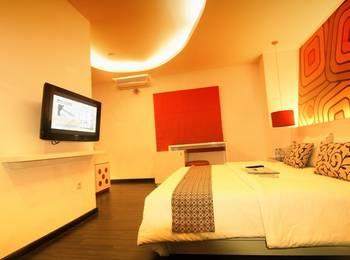 Hotel Pesona Cikarang Bekasi - Deluxe Room Regular Plan