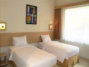 DRiam Resort Ciwidey Bandung - Deluxe Twin With Breakfast Regular Plan