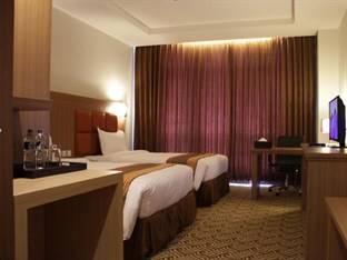 Cavinton Hotel Yogyakarta - Superior - Room Only Regular Plan