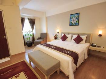 Gunawangsa Manyar Hotel Surabaya - Deluxe Business King Regular Plan