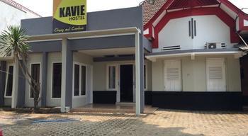 Kavie Hostel Malang