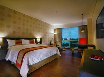 Aston Jember Hotel Jember - Deluxe Room Regular Plan