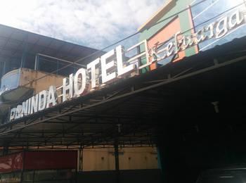 Paninda Hotel Keluarga