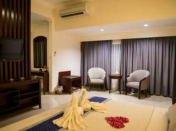 Grand Orchid Solo - Studio Suite - with Breakfast Regular Plan