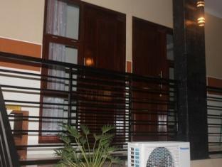 Ndalem Pundhi Guest House Yogyakarta - Kamar Standard (kamar mandi dalam) Regular Plan