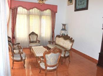 Simply Homy Guest House Taman Siswa