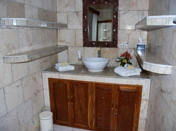 Melka Excelsior Hotel Bali - Deluxe Room Regular Plan