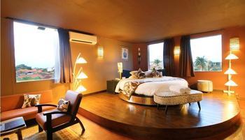 Seminyak Sky Suites & Spa by L'Occitane