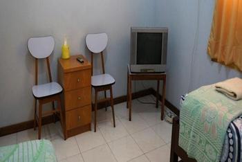 Wisma Mutiara Padang - Single Room Regular Plan