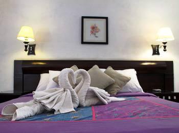 Rumah Asri Bandung - Kamar Deluxe  Regular Plan