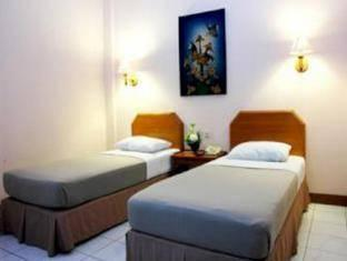 Kenangan Hotel Bandung - Deluxe Room With Breakfast Regular Plan